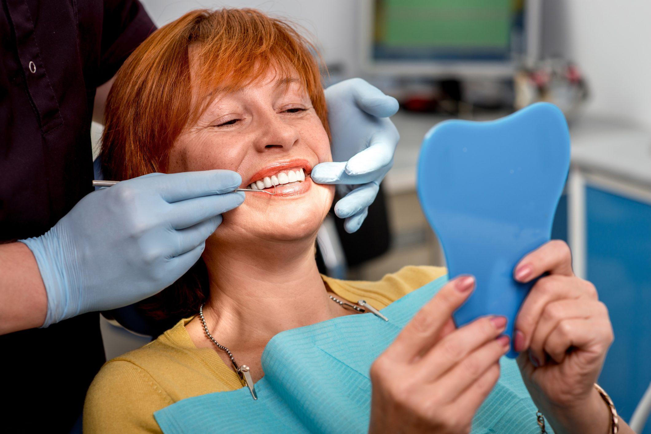Perdita Denti.. Cause e Soluzioni | AKOS Centro Odontoiatrico Dentisti Specializzati a Parma Carpi Modena Reggio Emilia Mantova