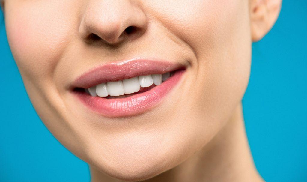 Rigenerazione Ossea con i propri denti: tecnologia innovativa | A Parma Carpi Modena Reggio Emilia i Dentisti AKOS Centro Odontoiatrico