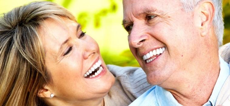 Rigenerazione Ossea Dentale: Dentisti Specializzati AKOS Parma